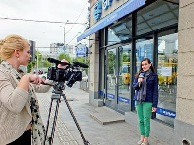 Volunteers film and host on the film production project overseas