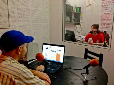 Intern on the Journalism project hosts a radio show in Argentina