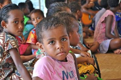 Volunteering with children in local villages in the Culture & Community project in Fiji