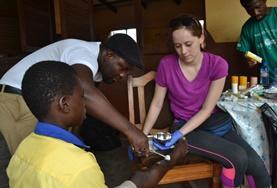 Volontär i Ghana : Medicin & Hälsa