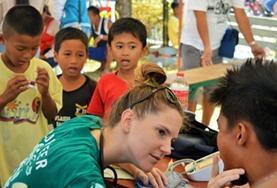 Volontärarbete vid folkhälsoprojekt utomlands : Filippinerna