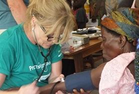 Volontärarbete och praktik utomlands inom Medicin & Hälsa : Togo