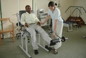 Volontärarbete eller praktik inom sjukgymnastik- fysioterapi utomlands : Ghana