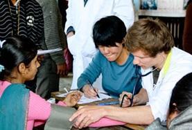 Volontärarbeta som sjuksköterska utomlands : Nepal