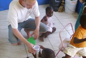 Volontär på Jamaica - Åk på volontärarbete i Karibien! : Medicin & Hälsa