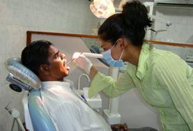 Praktik eller volontärarbete inom vård utomlands : Tandvård