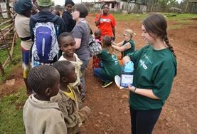 Praktik eller volontärarbete inom vård utomlands : Farmaci