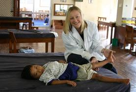 Praktik eller volontärarbete inom vård utomlands : Sjukgymnastik