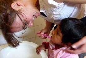 Volontär med barn, ungdomar och äldre : Bolivia