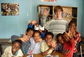 Volontär med barn, ungdomar och äldre : Etiopien
