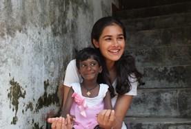 Volontär med barn, ungdomar och äldre : Sri Lanka
