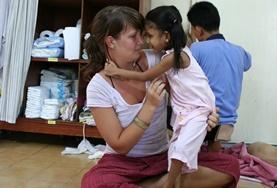 Volontär i Thailand : Omsorg