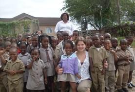 Volontär med barn, ungdomar och äldre : Jamaica