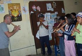 Volontärarbete i Bolivia : Skapande & Scenkonst