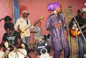 Volontärarbeta med konst och kultur : Senegal