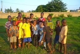 Volontärarbeta med basket utomlands : Togo
