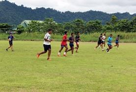 Volontärarbeta som rugbytränare utomlands : Samoa