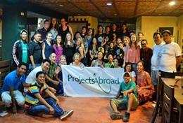 Volontärarbeta med skolidrott utomlands : Filippinerna