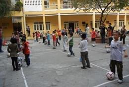 Volontärarbeta med skolidrott utomlands : Vietnam