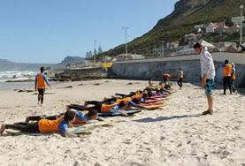 Volontärarbeta som surflärare utomlands : Sydafrika