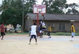 Sport och Idrott - Tränare utomlands : Basket