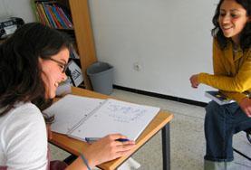 Volontärarbete Utomlands - volontär pluggar språk