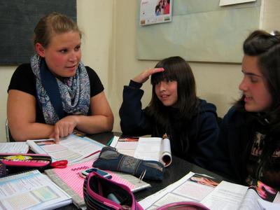 Volontär undervisar i tyska i Argentina