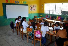 Undervisning - volontärarbete eller lärarpraktik utomlands : Ecuador