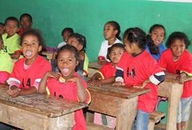 Undervisning - volontärarbete eller lärarpraktik utomlands : Madagaskar