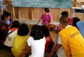 Undervisning - volontärarbete eller lärarpraktik utomlands : Thailand