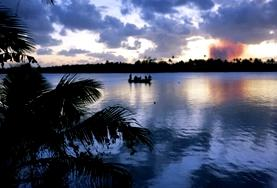 Ungdomsvolontär med barn & ungdom : Fiji