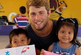 Ungdomsvolontär med barn & ungdom : Belize
