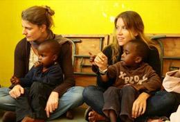 Ungdomsvolontär med barn & ungdom : Kenya