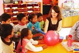Ungdomsvolontär med barn & ungdom : Peru