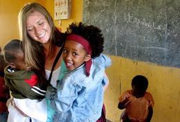 Ungdomsvolontär med barn & ungdom : Tanzania