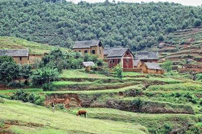 En liten by på landsbygden på Madagaskar