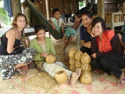 Volontär vid Khmer-projektet i Kambodja.
